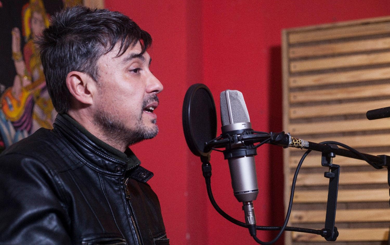 """Carlos Moena, director de """"Cuando Respiro en tu Boca"""": """"es una historia de juventud, de ambición y de sueños"""""""